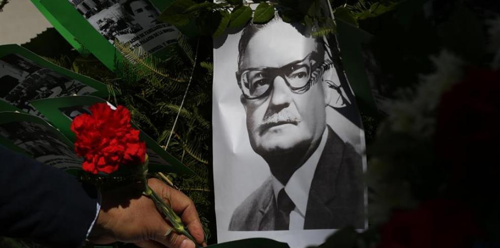 Salvador Allende 2