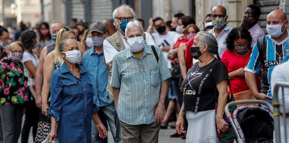 Brasil doblará el número de voluntarios en la tercera fase de la vacuna de Oxford (4)