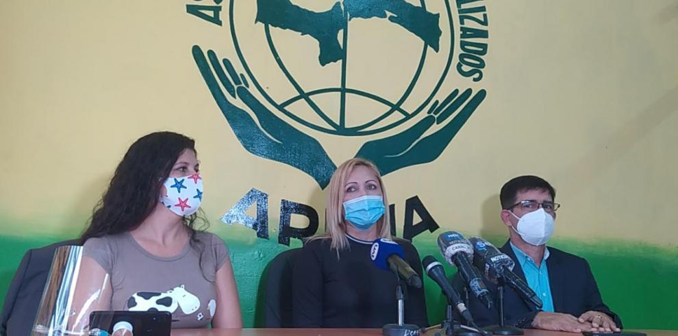 Conferencia de Arena y venezolanos varados