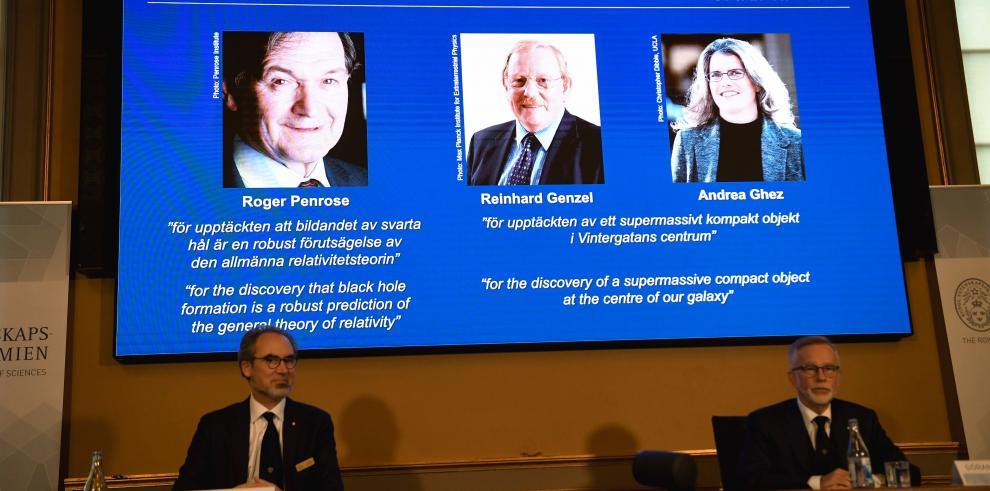 Roger Penrose, Reinhard Genzel y Andrea Ghez