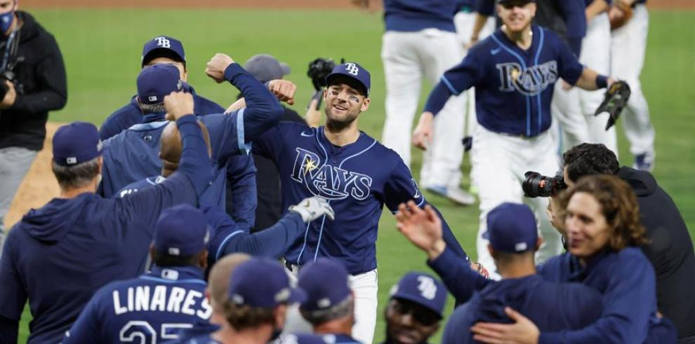 Brosseau pega un jonrón ganador y los Rays jugarán la Serie de Campeonato con los Astros