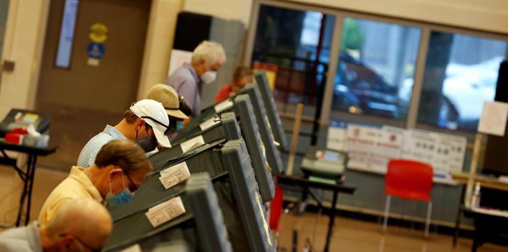 Los centros de votación estarán abiertos de las 7 de la mañana (11.00 GMT) a las 7 de la tarde (23.00 GMT)