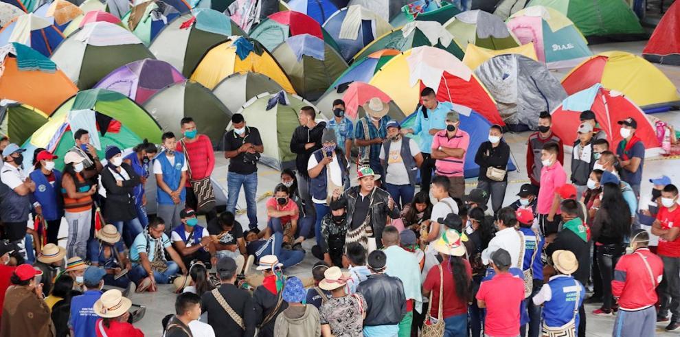 Minga de 7,000 indígenas colombianos