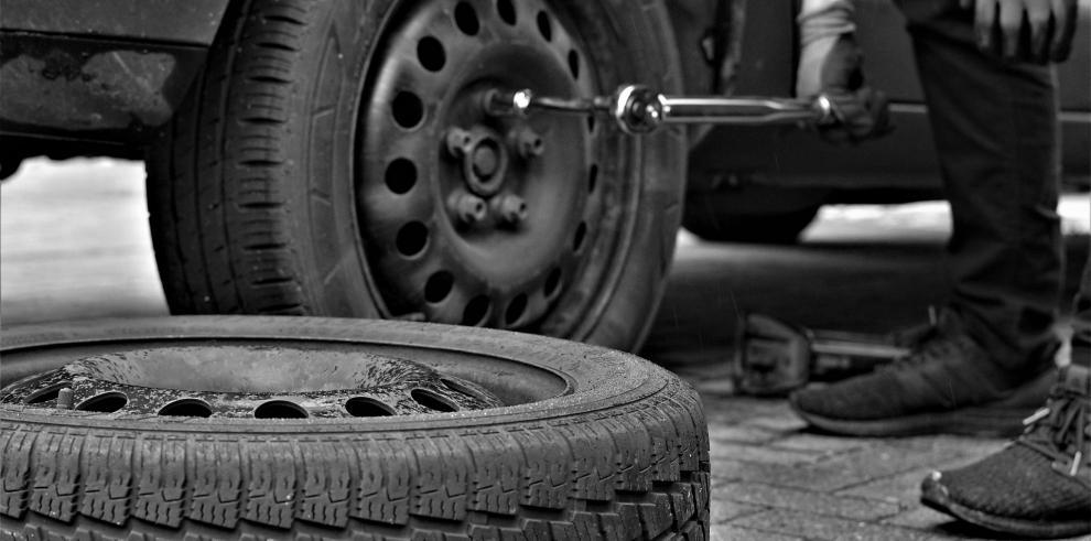 La exportación de autos usados contribuye a contaminar el aire, advierte un nuevo informe de la ONU.