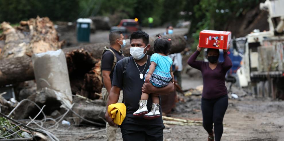 Estragos del huracán Eta