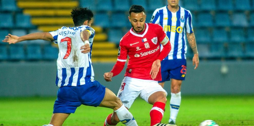 El colombiano Díaz impulsa con un golazo al Oporto y el Sporting sigue líder