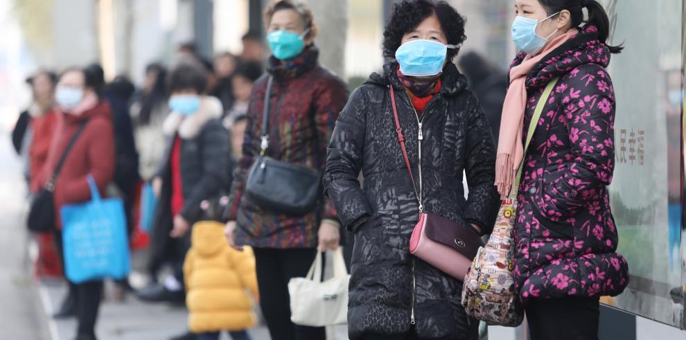 En Wuhan las autoridades locales tardaron en dar parte de la información disponible sobre el brote