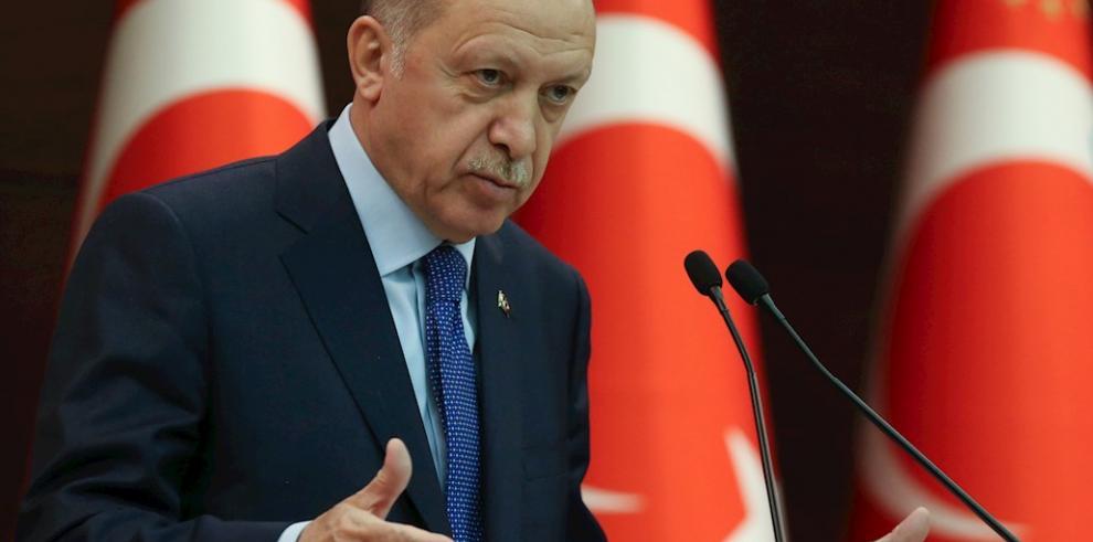 Erdogan buscará enderezar relación con Biden tras la salida de su amigo Trump