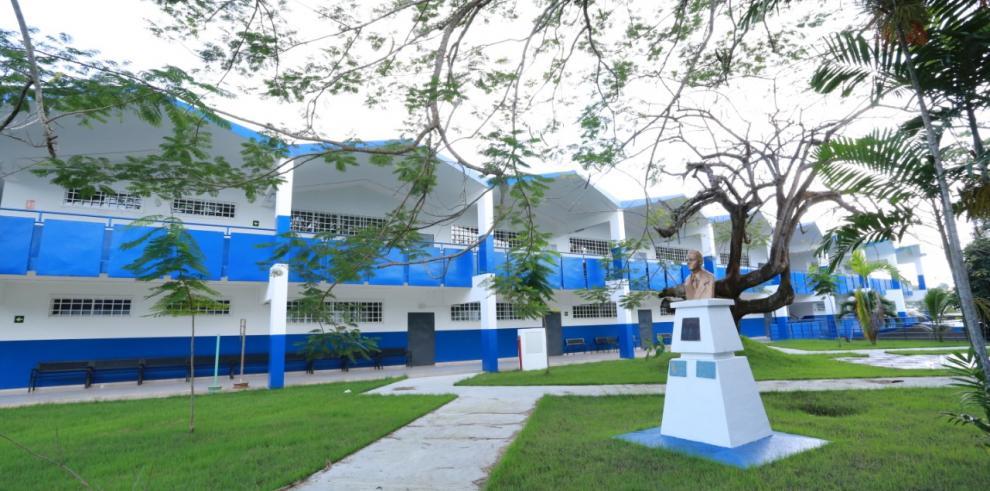Escuelas centro de vacunación