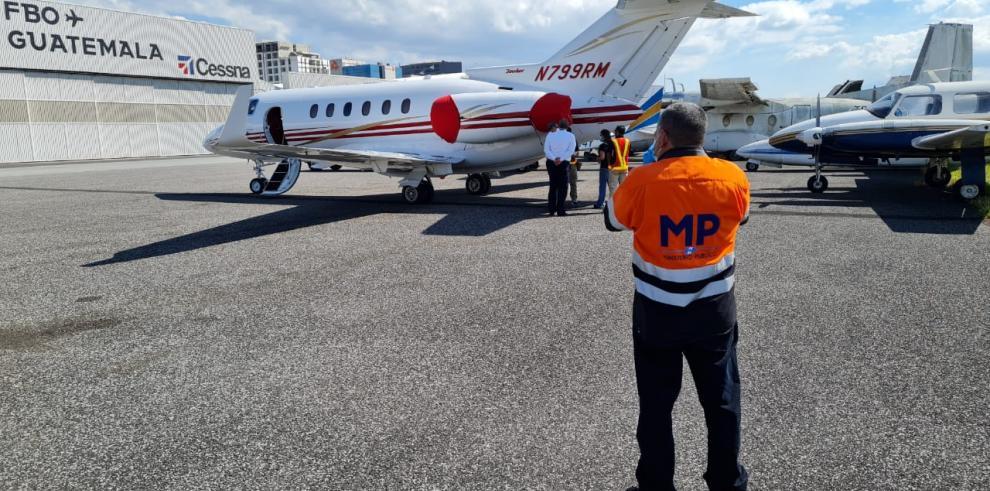 Fiscalía Contra la Narcoactividad de Guatemala secuestra avión de Martinelli
