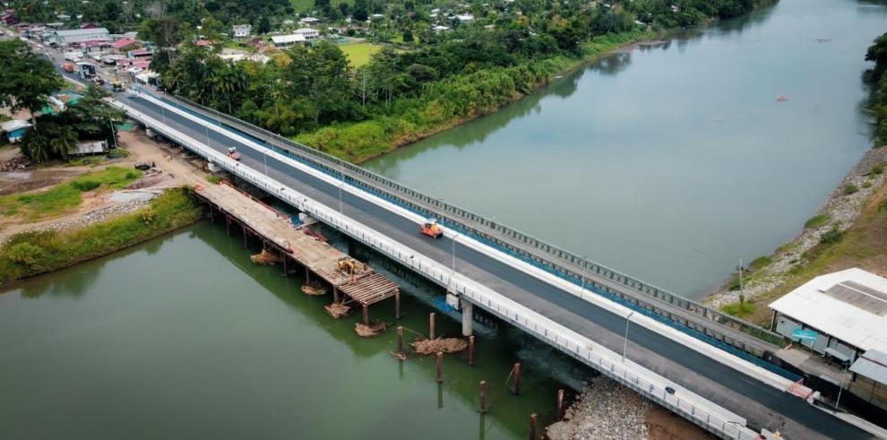 Costa Rica y Panamá inauguran puente binacional en Guabito