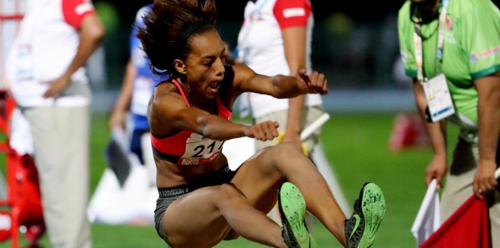 La saltadora de longitud panameña Nathalee Aranda