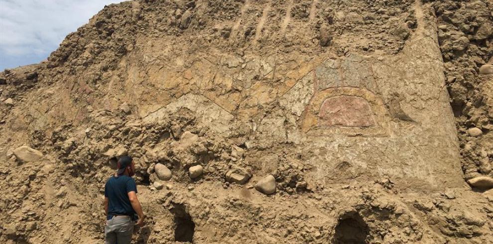 El arqueólogo Regulo Franco