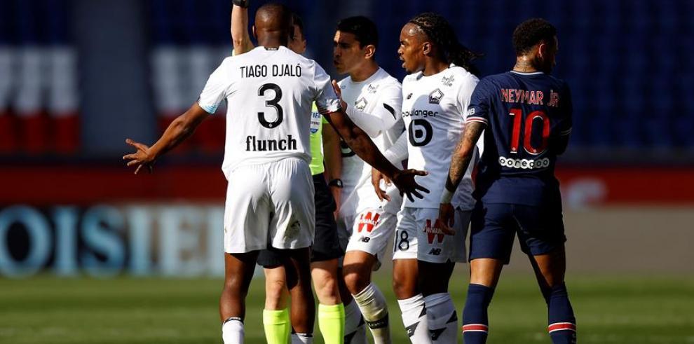 El Lille desquicia al PSG, con Neymar expulsado y le quita el liderato