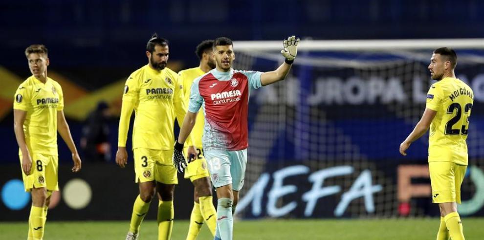 Un Villarreal superior gana de penalti la ida en Zagreb