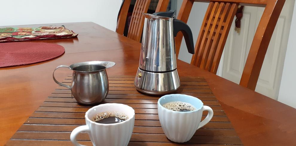 Vista de unas tazas de café