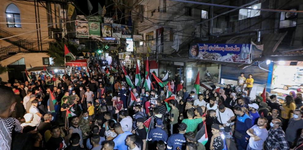 Una nueva noche de violencia mantiene la tensión entre israelíes y palestinos