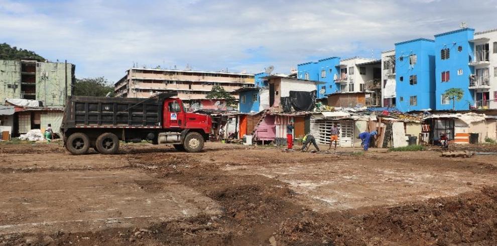 Inicia la construcción de albergues para mejorar la vivienda de 300 familias en Curundú