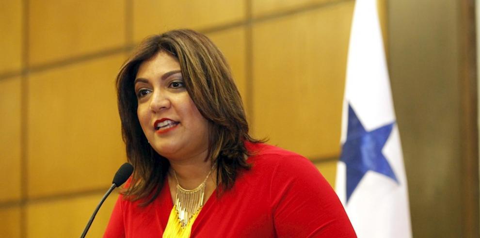 Farah Urrutia, representante estatal de Panamá