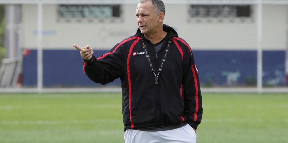 Sporting San Miguelito elimina al campeón y se mete a las semifinales en Panamá