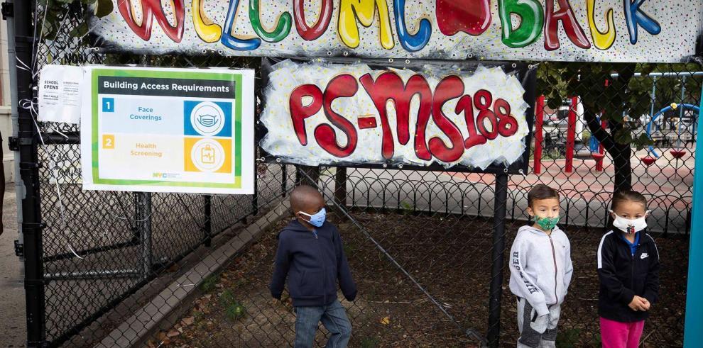 Nueva York reabrirá por completo sus escuelas en septiembre sin opción remota