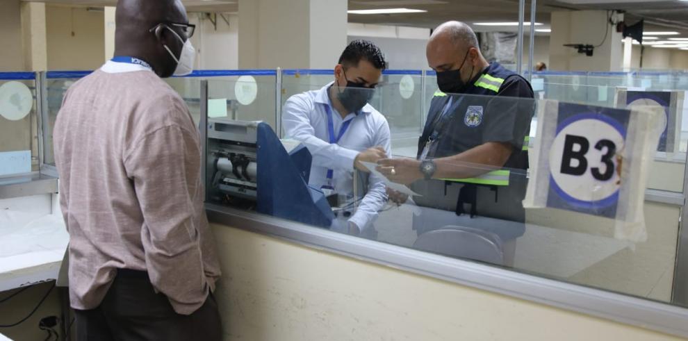 Fiscalía Anticorrupción realizan diligencia ocular en sedes de la Lotería