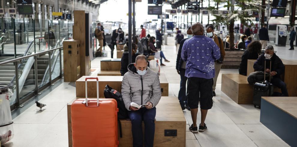 Francia impondrá una cuarentena obligatoria a los viajeros del Reino Unido