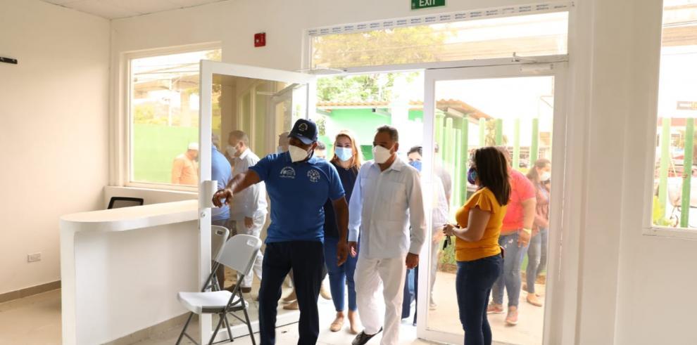 Representantes del Municipio de San Miguelito e Inadeh realizan recorrido en nuevos centros