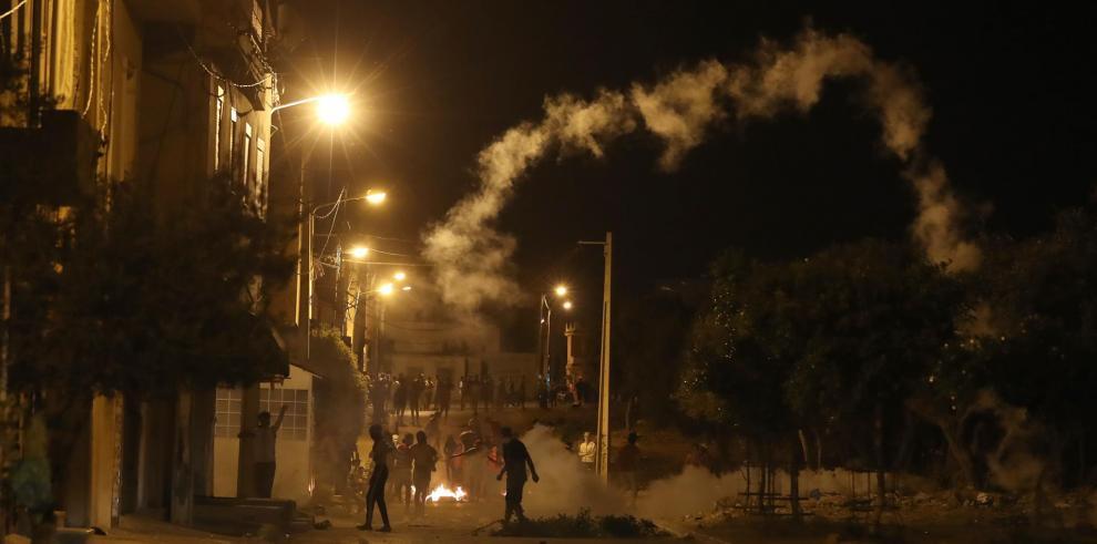 La protesta contra la represión policial y la precariedad se inflama en Túnez