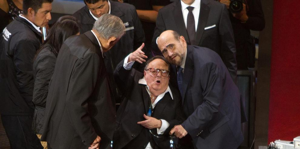 Fotografía de archivo fechada el 28 de febrero de 2012 donde se observa al comediante Roberto Gómez Bolaños