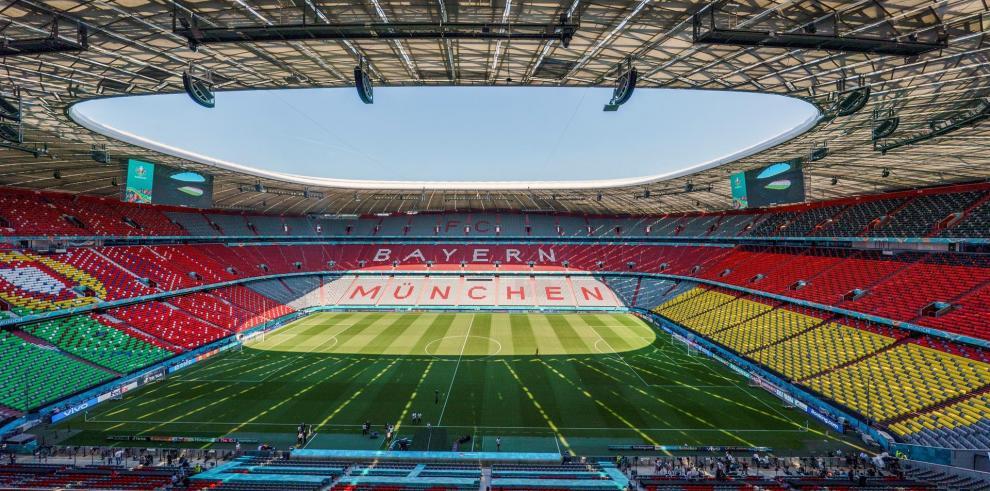 La UEFA rechazó este martes la petición de la alcaldía de Múnich para iluminar el Allianz Arena con los colores del arcoiris