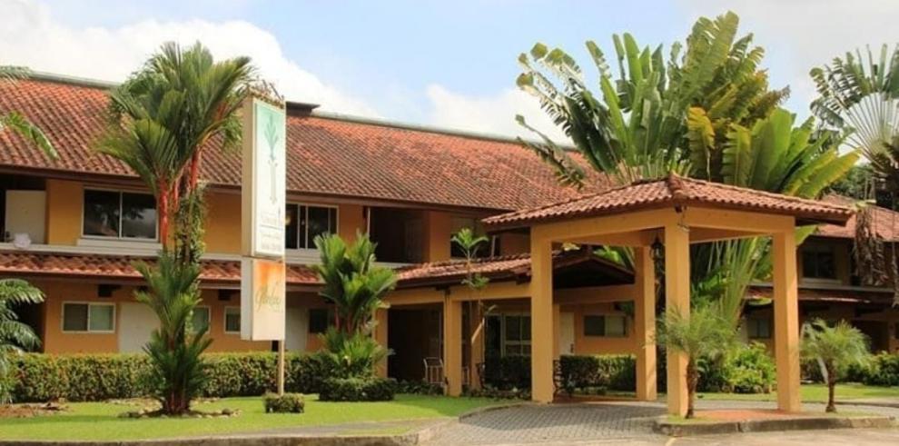 Albrook Inn Hotel & Suites