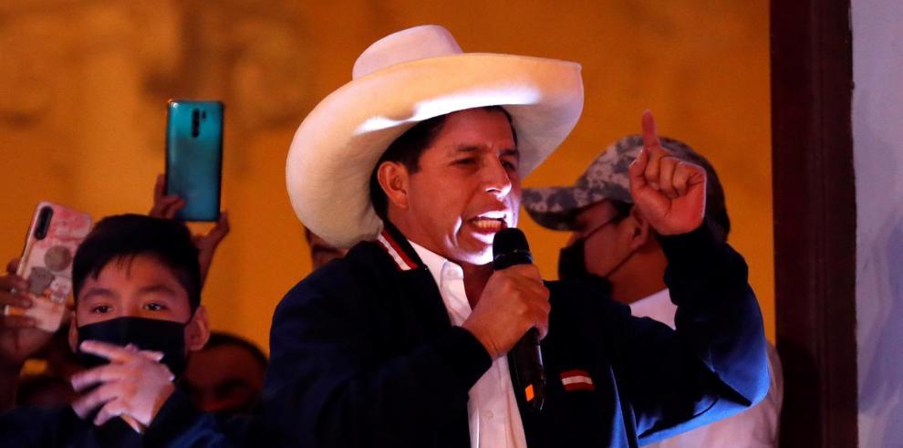 El izquierdista Pedro Castillo