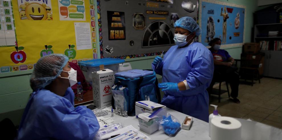 Vacunación Panamá covid-19