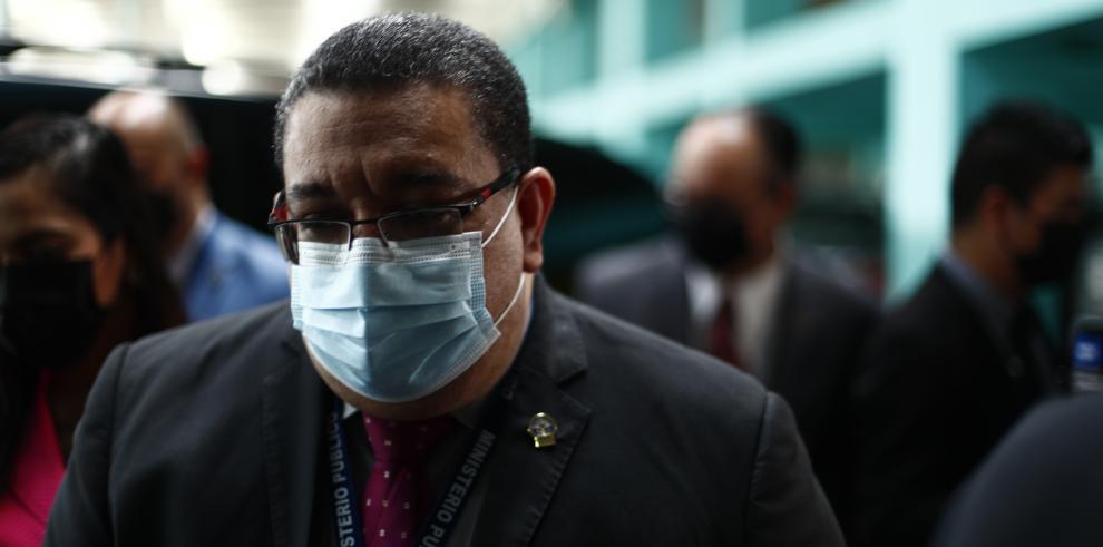 El fiscal Ricauter González