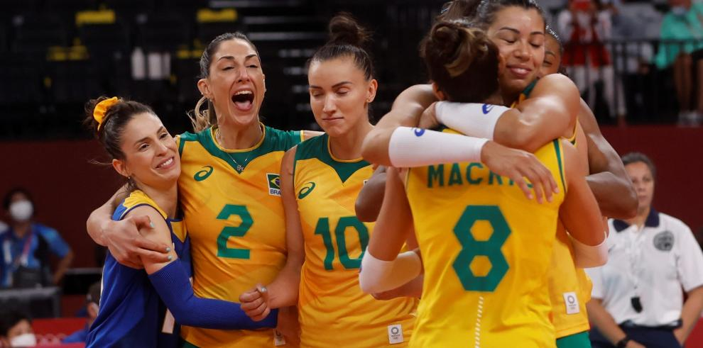 Brasil remonta a Rusia en semifinal olímpica