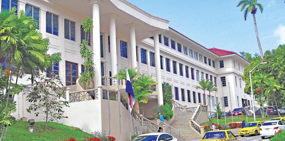 Pleno de la Corte falla contra jueces y magistrados por presunta corrupción