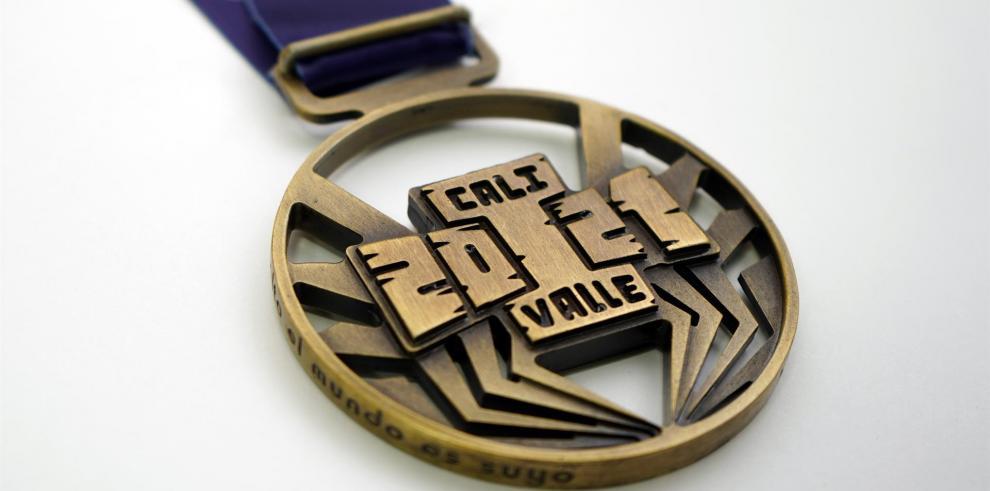 Fotografía cedida por la oficina de prensa de los Juegos Panamericanos Junior Cali-Valle 2021 de las medallas que se entregarán durante las justas de Cali