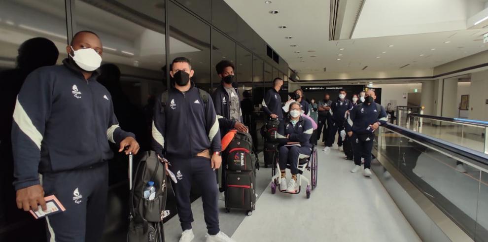 Los para atletas calificaron para los Juegos Olímpicos de Tokio con el cuerpo técnico del Aeropuerto Internacional de Narita, Tokio.
