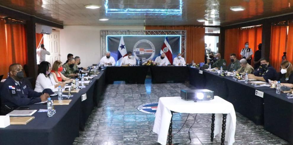 Panamá y Costa Rica abordan temas de seguridad fronteriza y migración