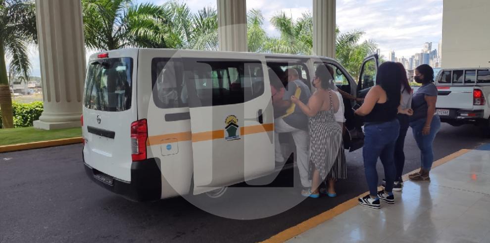 Fiscalía Electoral realiza inspección por supuesto uso de autos oficiales en inscripción partidista