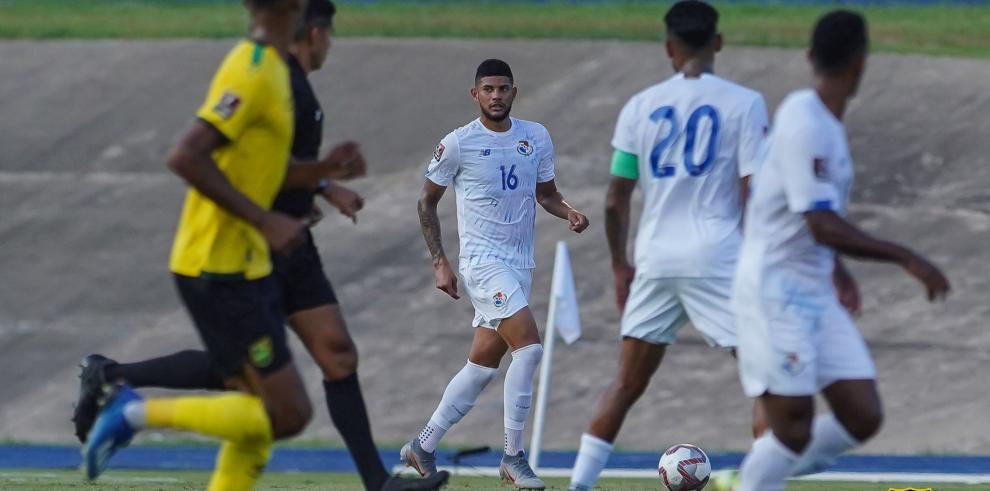 Selección de Panamá ante Jamaica