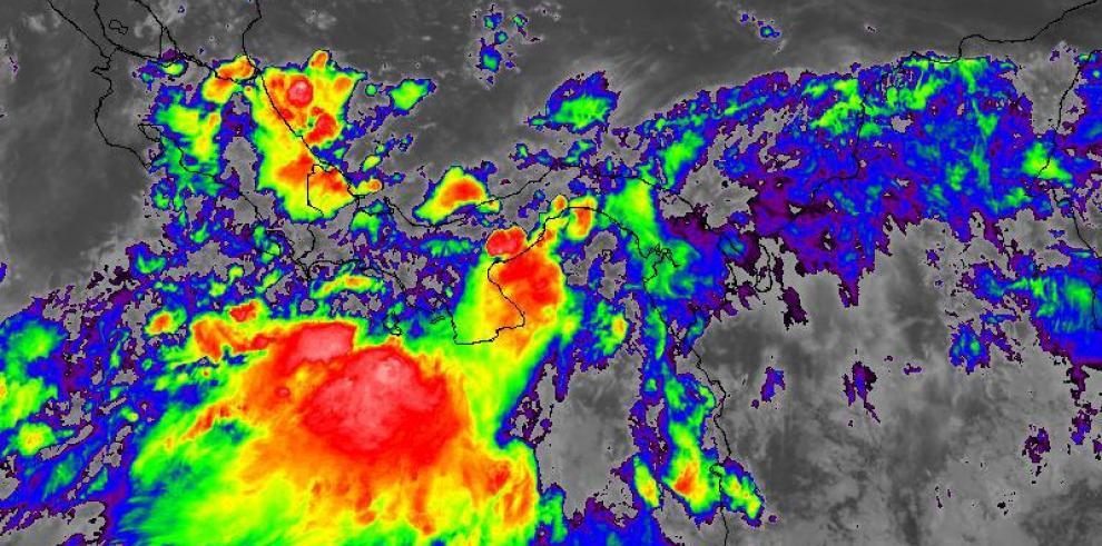 Sinaproc emite aviso de prevención por lluvias y oleaje en el Pacífico panameño