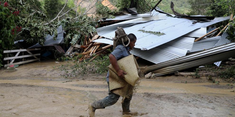 Además, las lluvias han dejado en el país una persona desaparecida y 17 heridos.