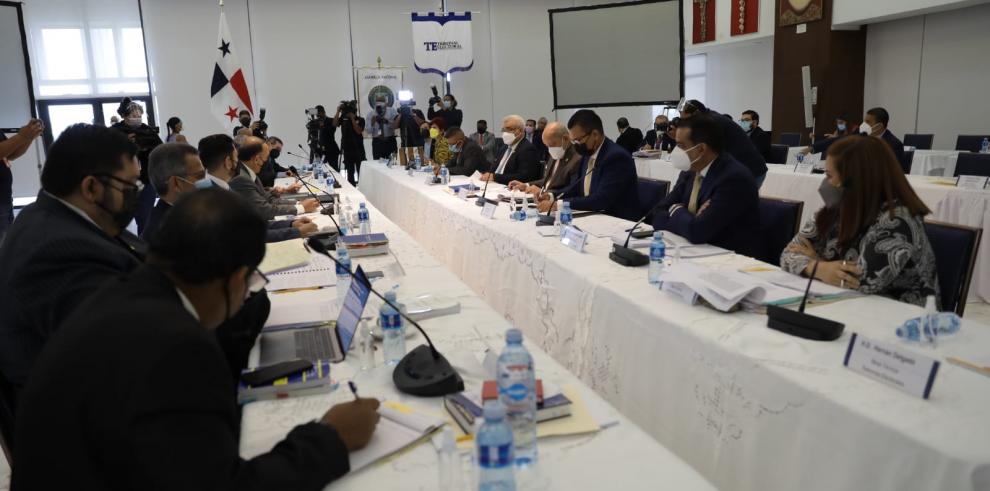 TE y Asamblea inician la revisión de los artículo aprobados al proyecto de ley que reforma las reglas de las elecciones de 2024