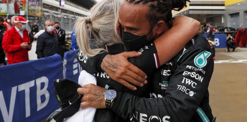 Victoria 100 de Lewis Hamilton en F1