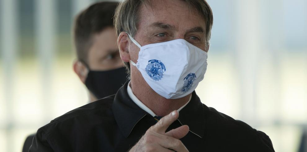 Bolsonaro da negativo en covid-19 tras volver de Naciones Unidas