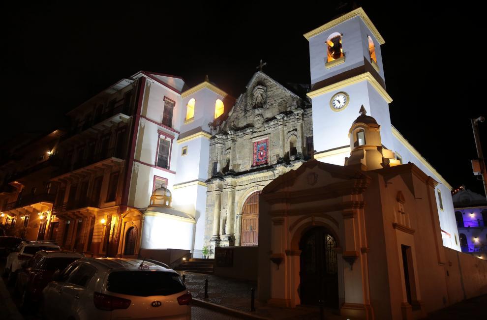 En el Casco Antiguo  patrimonio nacional de Panamá, se caracteriza por la historia arquitectónica y urbana de sus edificaciones.