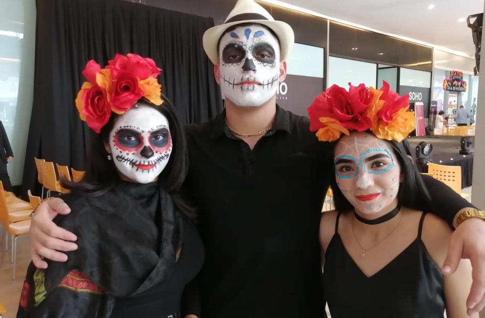 """La Embajada de México en Panamá inaugura la exposición del """"Día de los Muertos"""""""