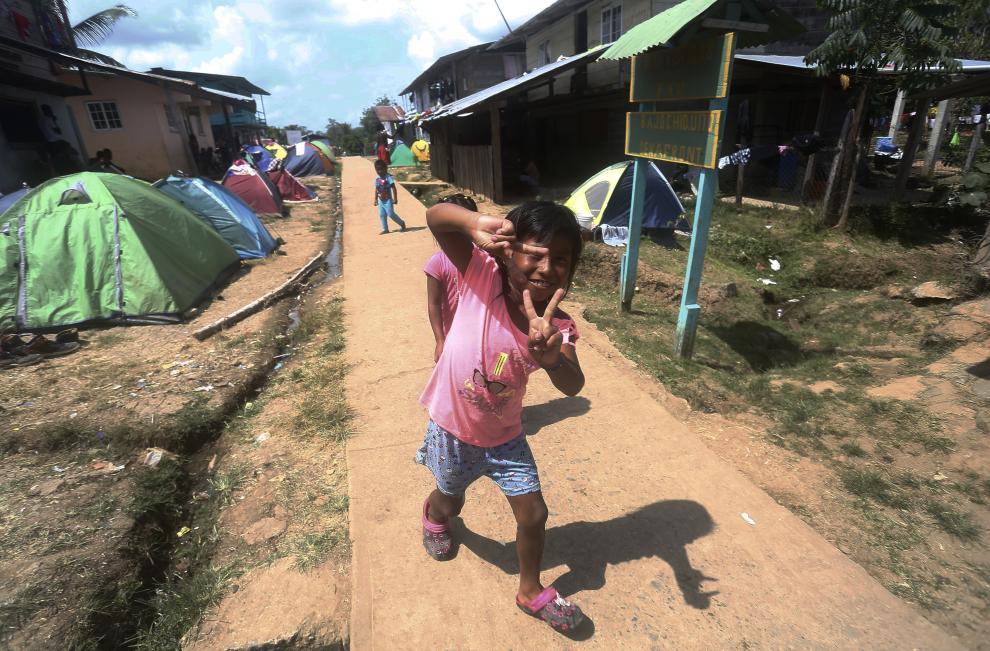 Migrantes persiguen sus sueños en medio de la mortífera pandemia de la covid-19